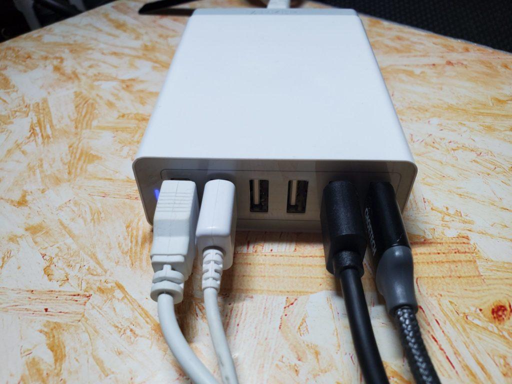 Anker PowerPort 6使用中